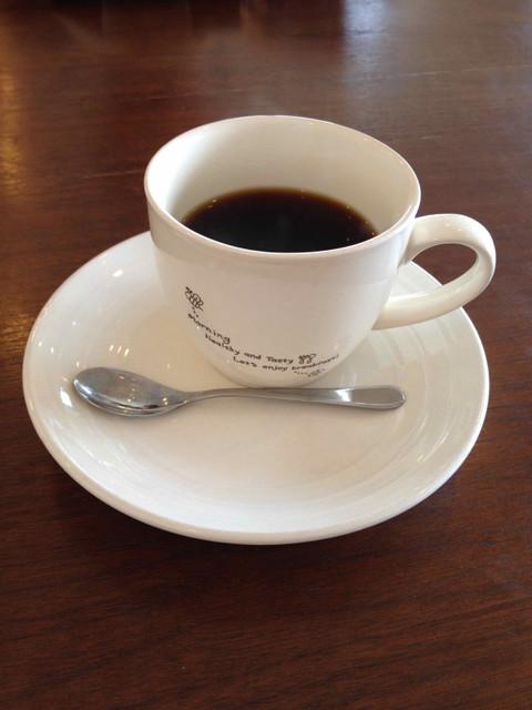 サッド・カフェでコーヒーを