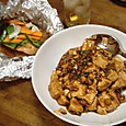 麻婆豆腐と鮭ホイル焼き