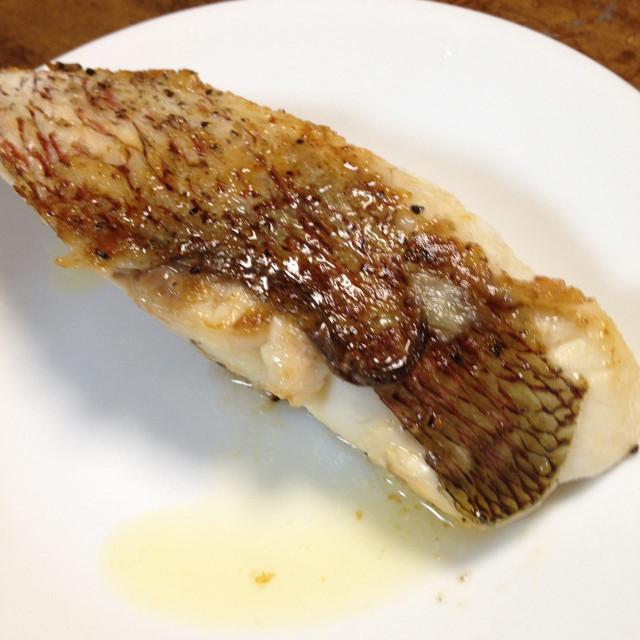 鯛のポアレ