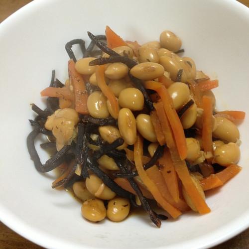 煮豆をしました