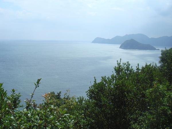須賀利の湾の入り口の眺め